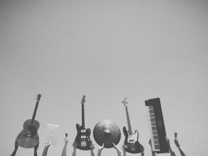 Tips på hur du och ditt rockband tjänar pengar!